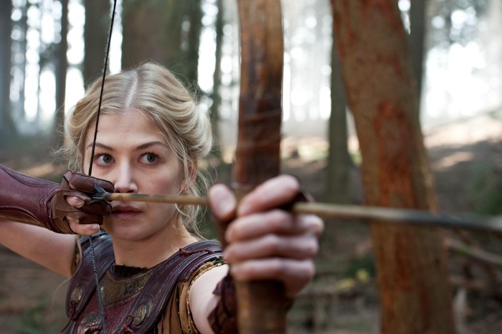 Гнев титанов (2012) скачать торрентом фильм бесплатно.
